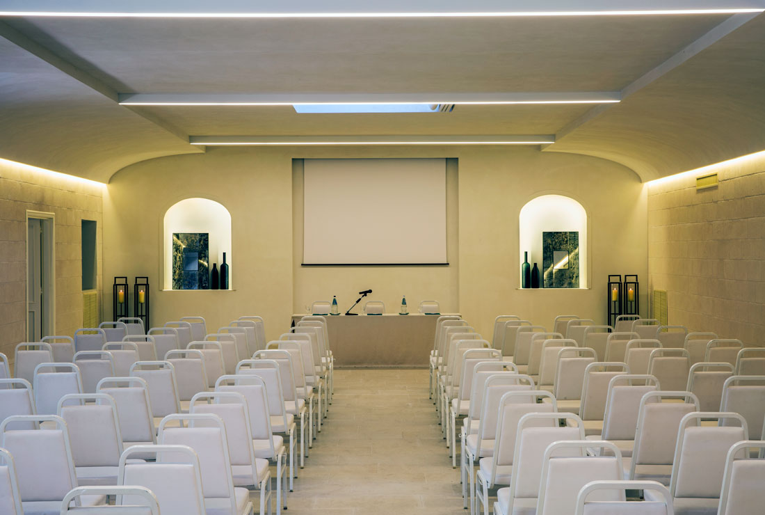 hotel-with-meeting-rooms-puglia