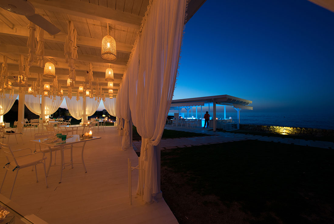 seaside restaurant in puglia