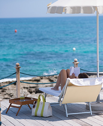 hotel with private beach in puglia