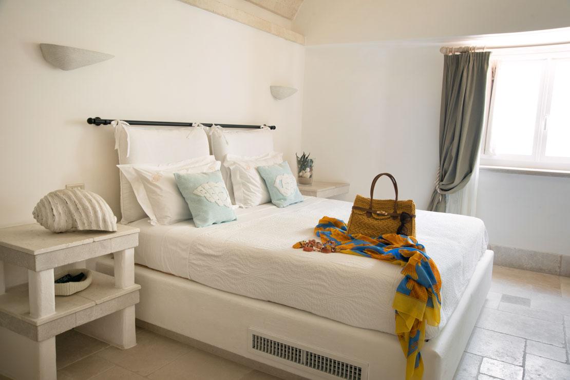 stanza albergo sul mare puglia